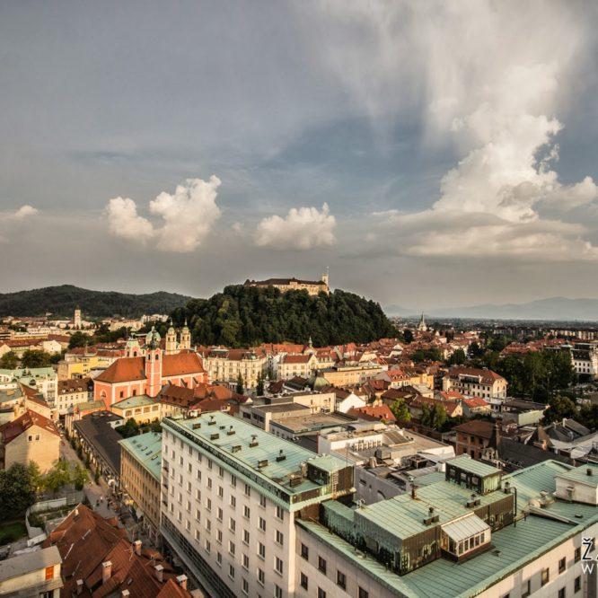 Ljubljana, Ljubljanski grad iz nebotičnika